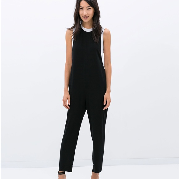 1a58a9ccc49a Zara black crepe jumpsuit. M 5a390e89f9e50170b60055b0